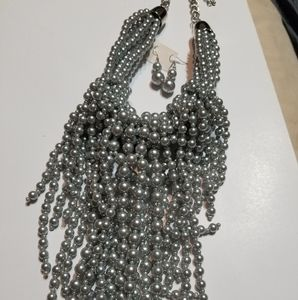 Traci Lynn - Beaded Pearl Neclace (Pewter)